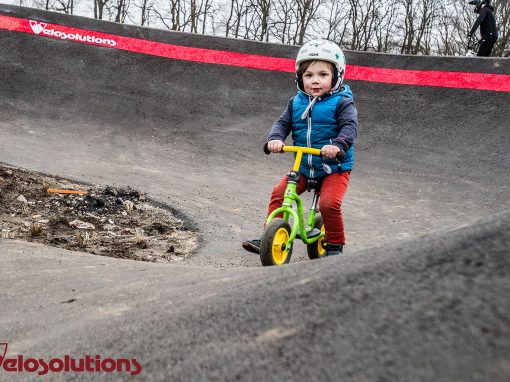 Velosolutions asfalt pumptrack Ponderosa